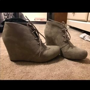 Woman's booties xappeal